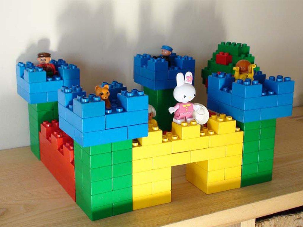 Поделки из конструктора лего для детей 15